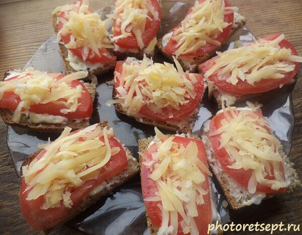 свежие помидоры на бутерброды
