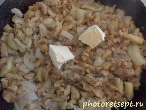 грибы вешенки жареные на сливочном масле