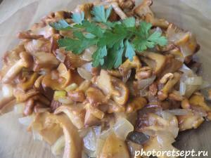 грибы лисички жареные