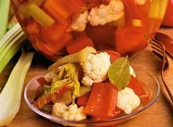 Перец, маринованный с цветной капустой