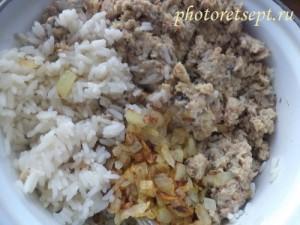 рис лук и консерва для пирога