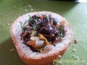 бутерброды с опятами