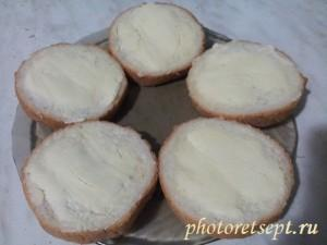 хлеб с маслом для бутербродов