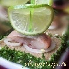 канапе из селедки с лаймом рецепт