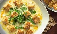 Суп из плавленого сыра с гренками