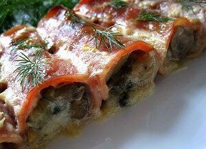 рулетики из ветчины с грибами оливками и сыром