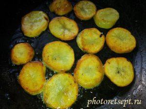 картофель кольцами обжареный
