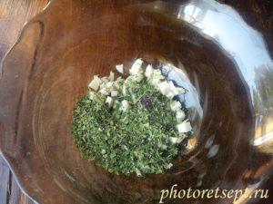чеснок, зелень, специи