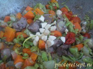 овощи потушить с чесноком