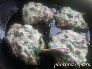 оладушки на сковороде