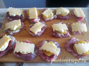 сыр персики на свинине