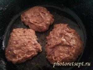 котлетки из свиной печени на сковороде