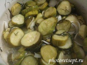 на огонь салат из огурчиков