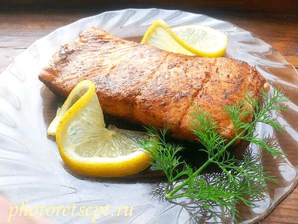 жареная на сковороде красная рыба рецепт