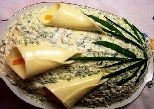 украшение салатов сыром каалы