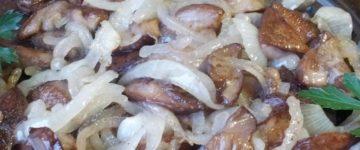 как пожарить грибы на чесночном масле