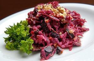 любимый салат со свеклой