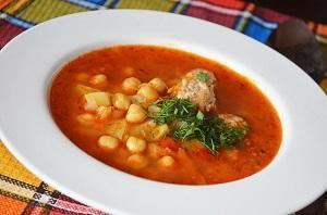 суп из нута томатный