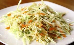 салат легкий капустный