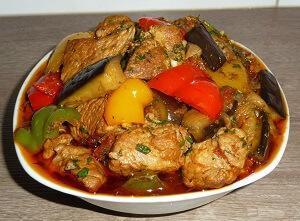 рагу овощное с мясом и баклажанами