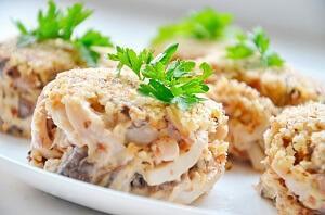 кальмаровый салат с шампиньонами