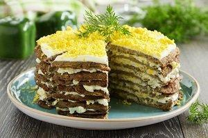торт из печени с яйцом