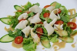 царский салат овощи кальмары