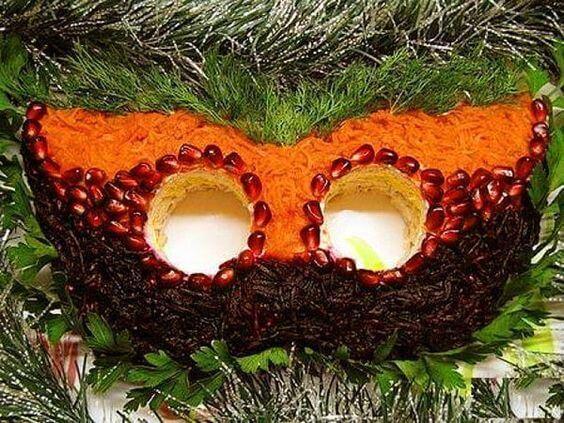 салат маска новогодняя
