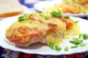 рыба судак с помидорами и сыром