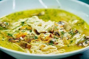 суп с шампиньонами и лапшой