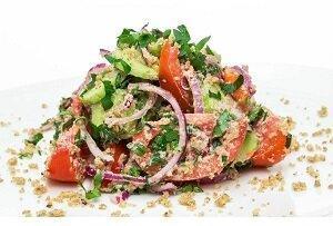 овощной с орехами салат