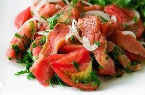 салат с красной рыбой овощи