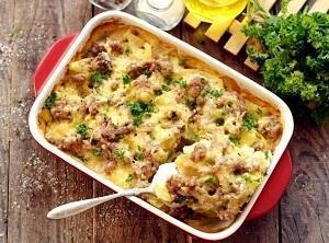картофель с фаршем по-французски слои