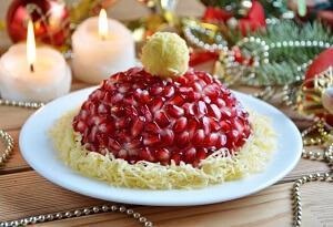 салат красная шапочка новогодний