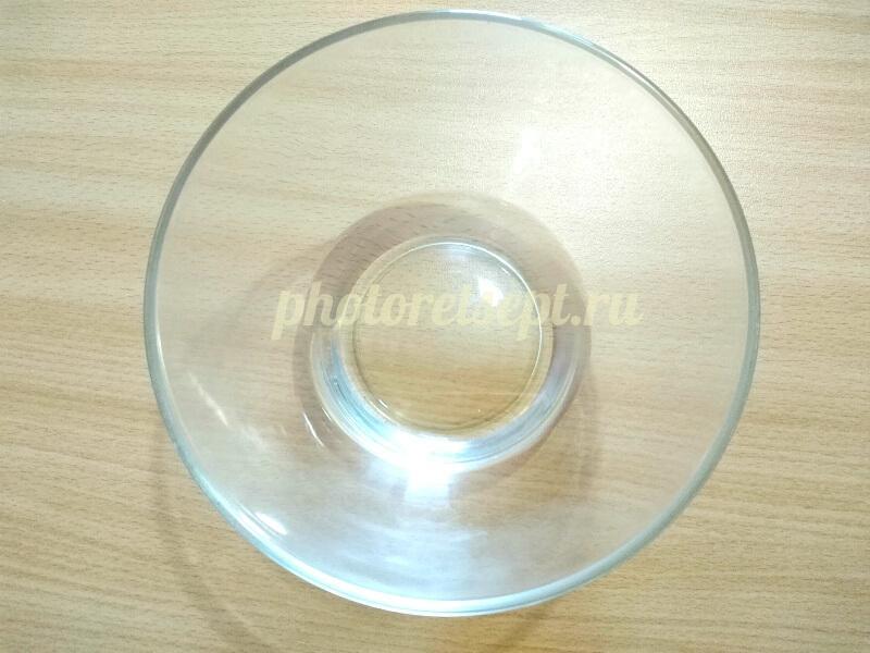 1 вода в чашке