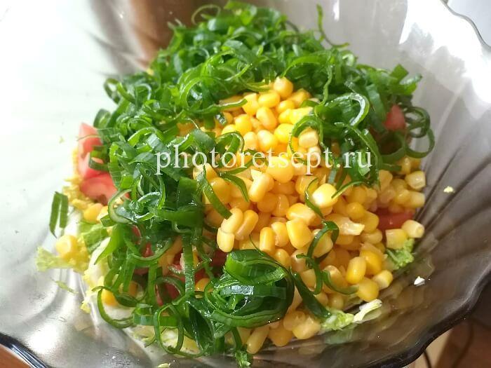 лук зеленый кукуруза пекинский салат с капустой