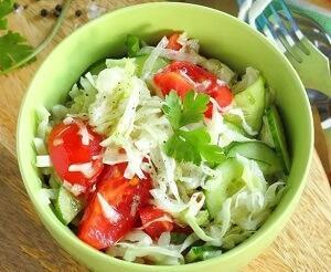 салат с пекинской капустой овощной