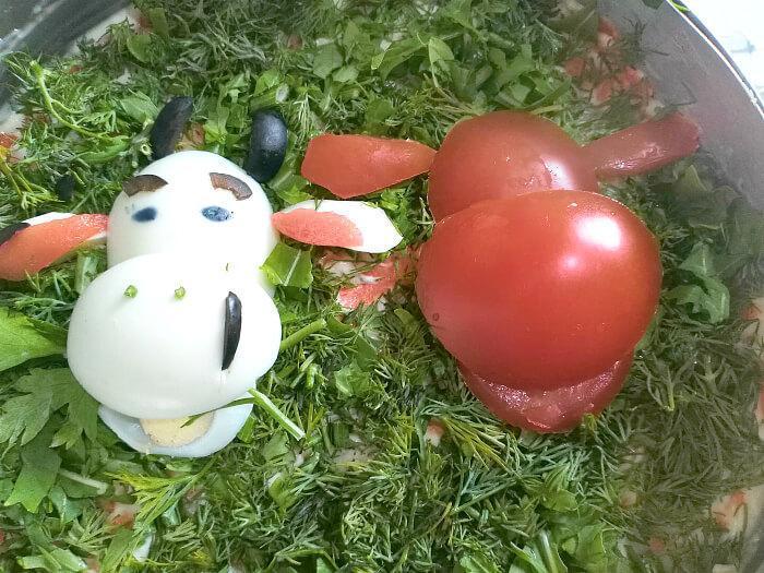 бык из помидора