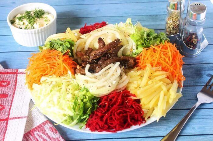 бык в огороде салат