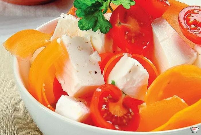 салат помидор брынза перец